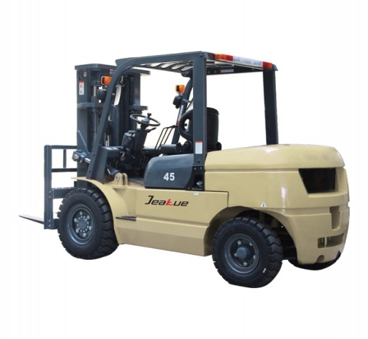 4-5T 内燃平衡重式叉车
