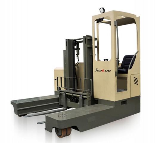 1.5T-2.5T 全向电动叉车